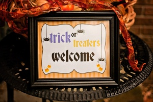 halloweendoorsign1